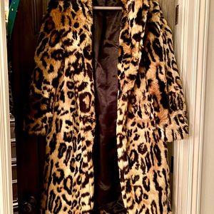 New! Never worn! Beautiful Lush Faux Fur Leopard Coat Rachel Zoe Ocelot